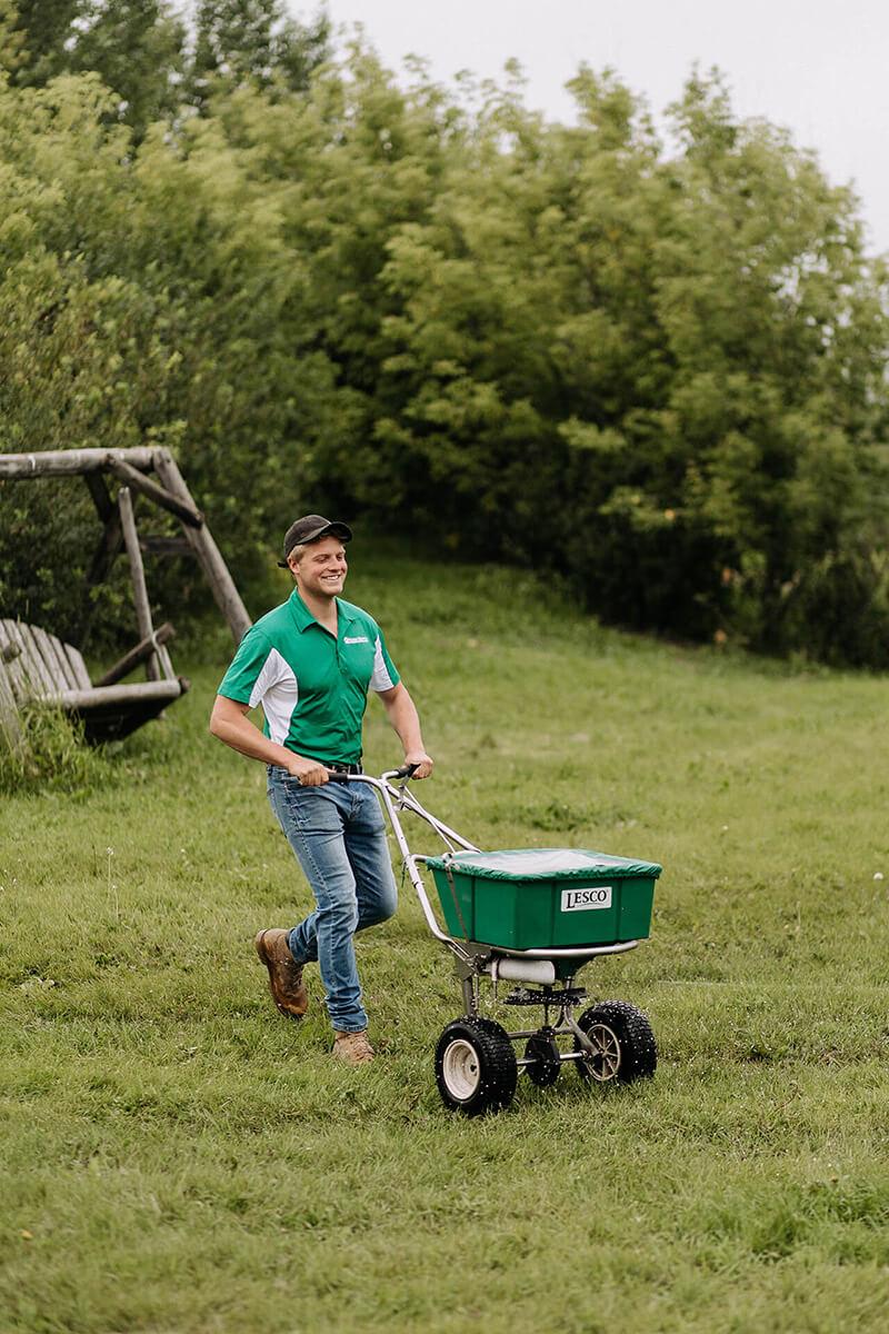 home_lawn-fertilization-small-1